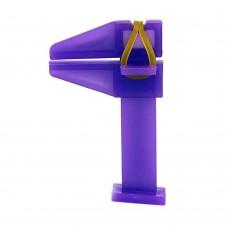 Зажим для ногтей пластиковый (струбцина)